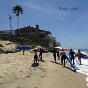 Surfere på stranden i Laguna Beach