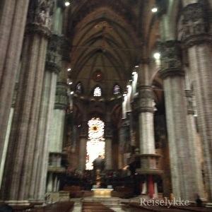 Duomo di Milano. Interiør.